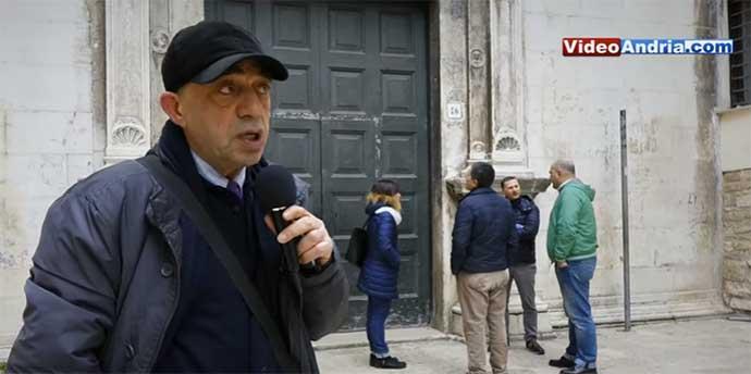 Professor-Riccardo-Suriano-presso-la-Chiesa-di-Porta-Santa-nel-centro-storico-di-Andria