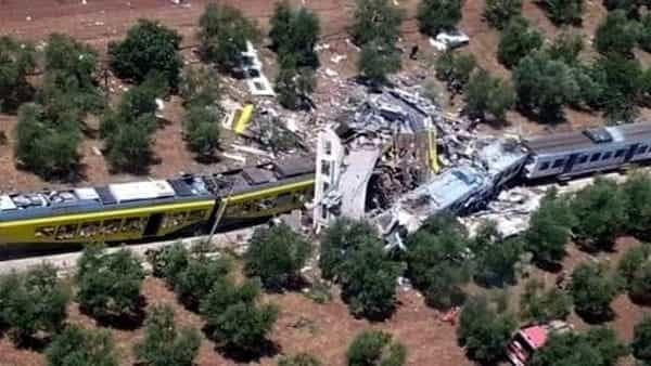 incidente-treno-bari-foto-vigili-del-fuoco3-2