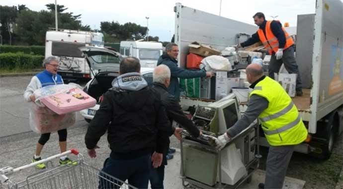 postazione-mobile-raccolta-rifiuti