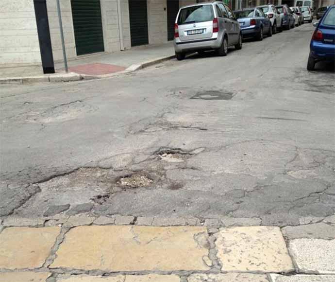 asfalto-strade-danneggiate-andria