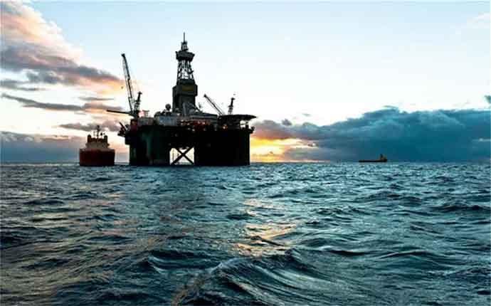ricerca-petrolio-in-mare