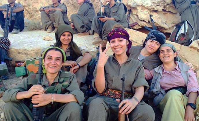 soldatesse-kurde