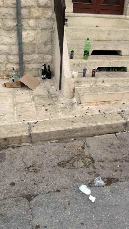 movida-rifiuti-notturni-piazza-toniolo-andria