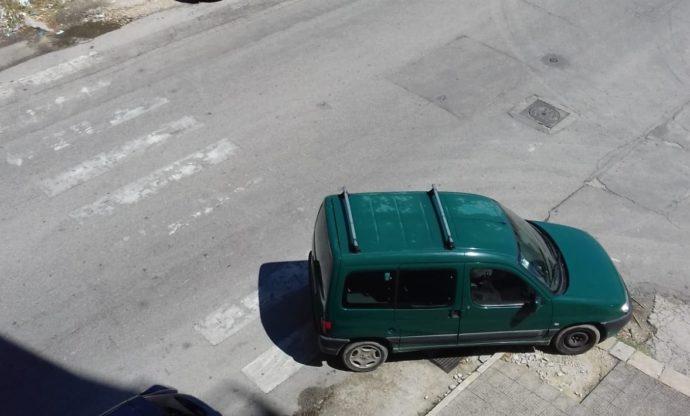 incivili parcheggio selvaggio andria via trani