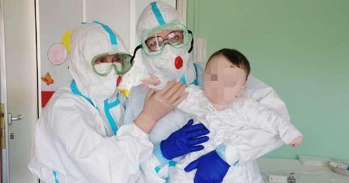 covid bat bisceglie bambino ricovero neonato medici infermieri pediatria