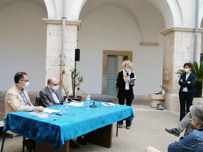 foto Enciclica andria assessore