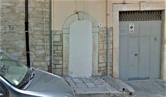 piazza mater gratiae 2