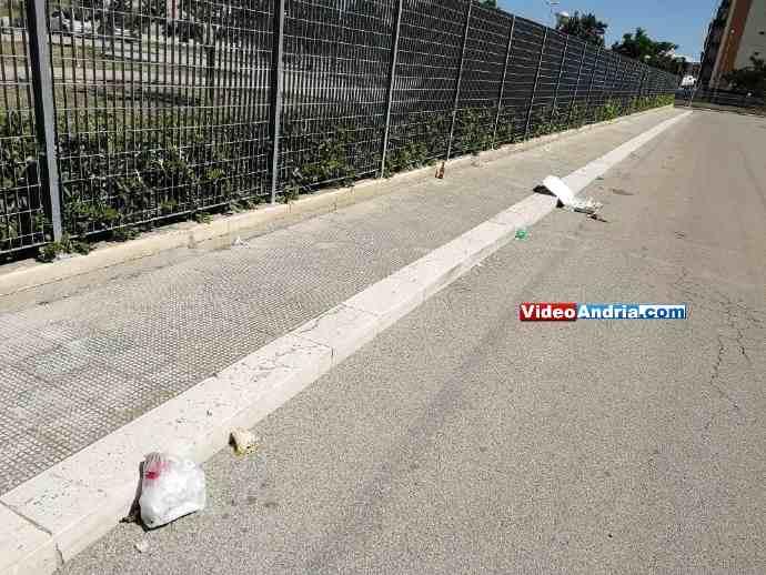 rifiuti abbandonati andria via porta pia