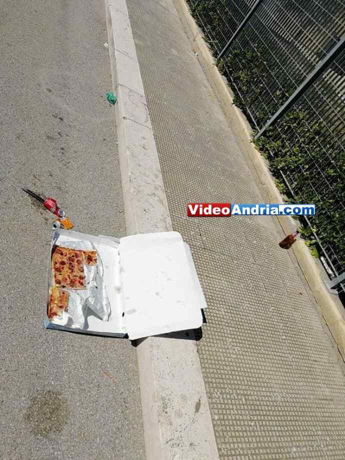 rifiuti abbandonati pizza andria via porta pia